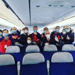 بالصور … الفريق الطبي الصيني والدواء الذي سيستعمل في علاج المصابين بالكورونا في الجزائر