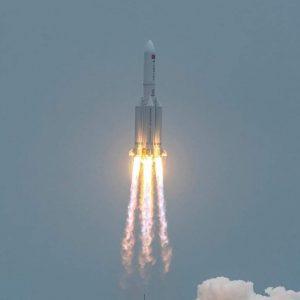 وكالة الفضاء الروسية تحدد مكان و موعد سقوط الصاروخ الصيني